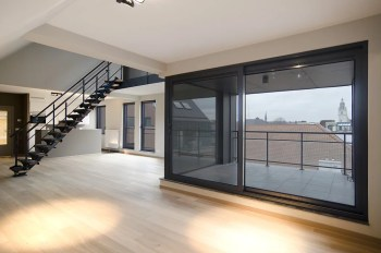Duplex_Appartment_with_view_on_Basilica_of_Halle__century21__34