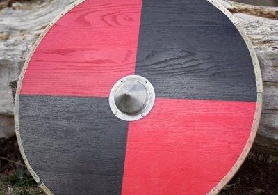 escudo vikingo roble