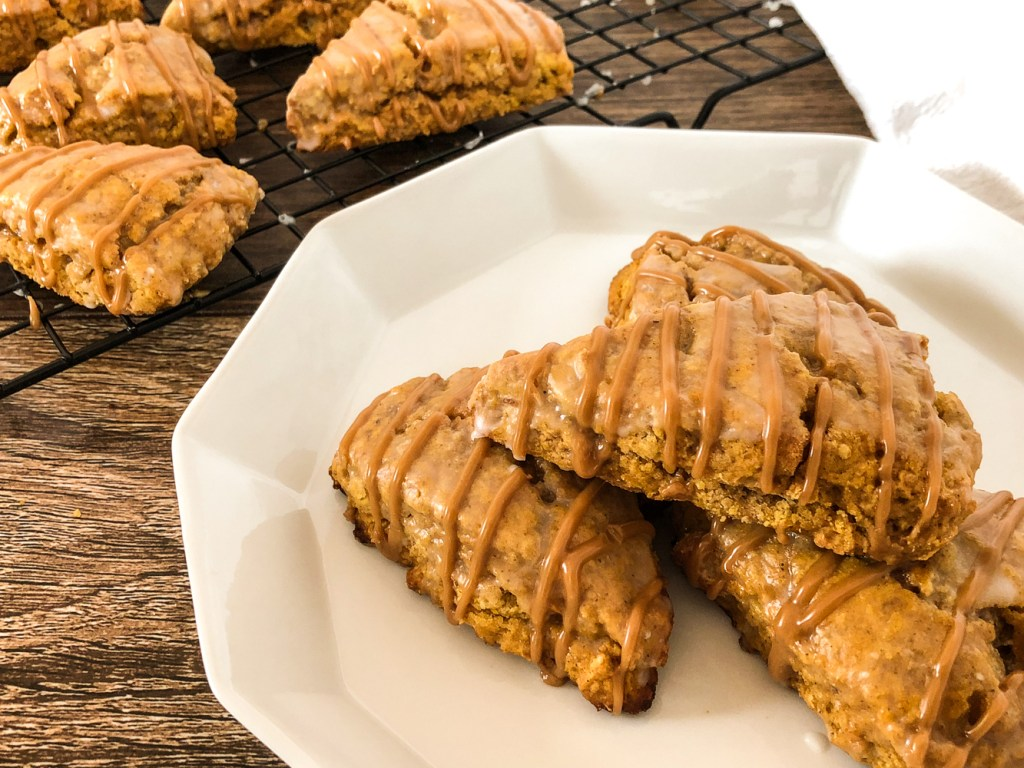 mini pumpkin spice scones 6