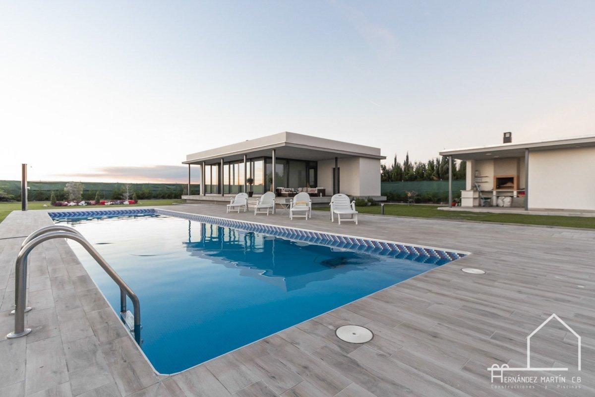 hernandezmartincb-experiencia-construccion-piscinas-moderna rectangular-zamora- (4)