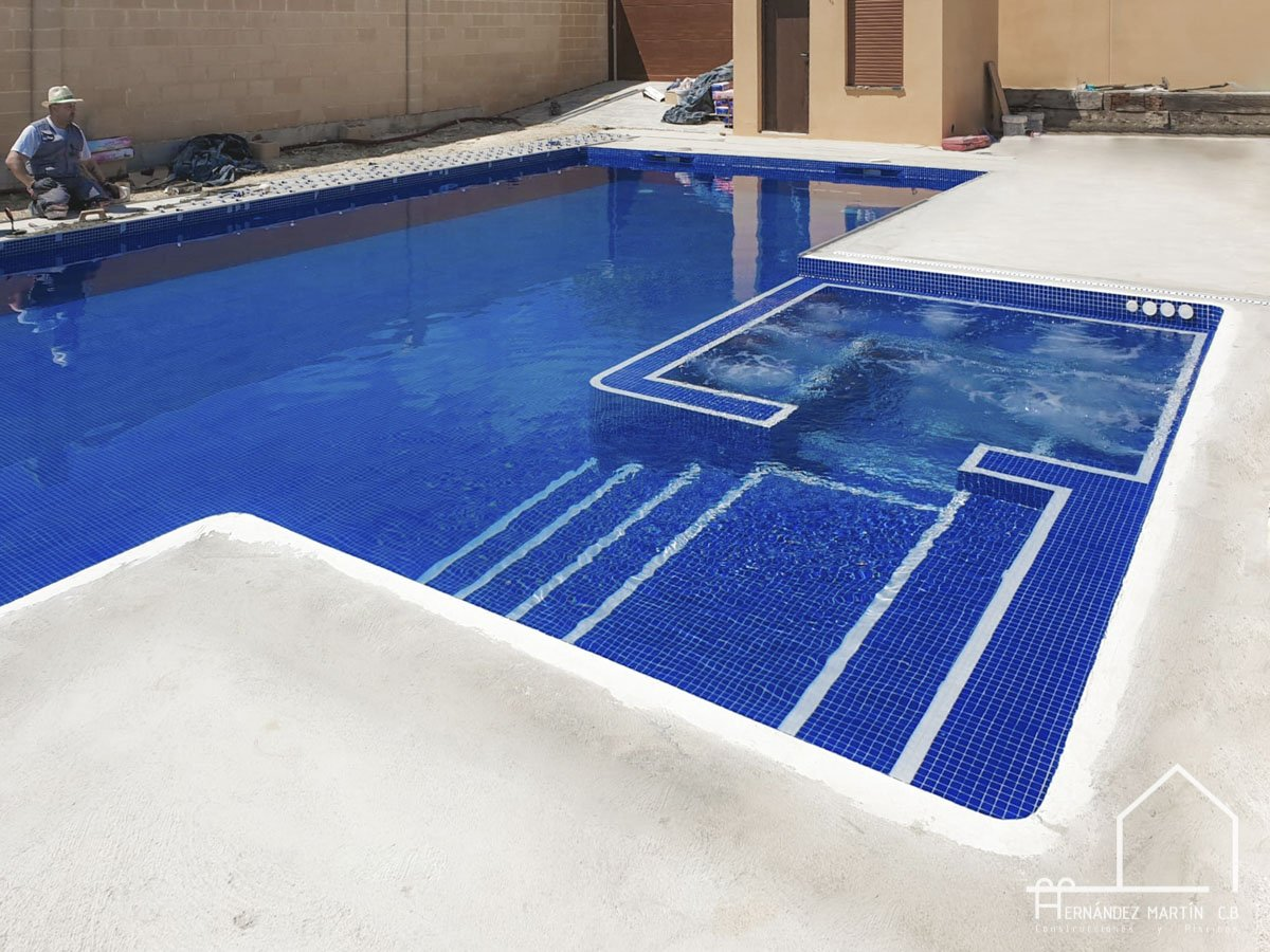 hernandezmartincb-experiencia-construccion-piscinas-moderna zamora