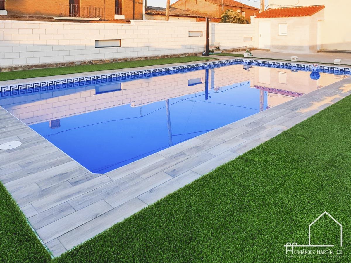 hernandezmartincb-experiencia-construccion-piscinas-moderna rectangular-zamora