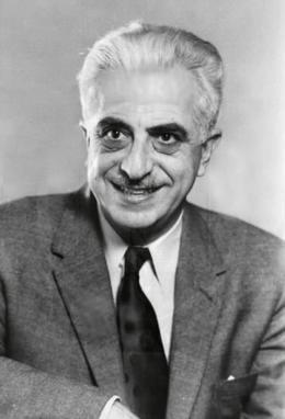 Gregory Goodwin Pincus (9 avril 1903, Woodbine, New-Jersey ; 22 août 1967, Boston)