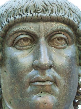 Constantin (buste du musée du Capitole, Rome)