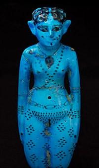 Concubine nue en faïence bleue, Égypte, vers 2000 av. J.-C., Paris, musée du Louvre