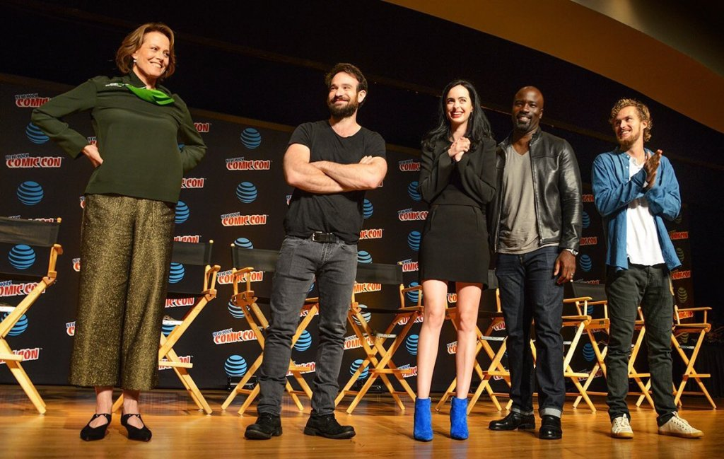 Sigourney Weaver joins the heroes of The Defenders onstage at NYCC.