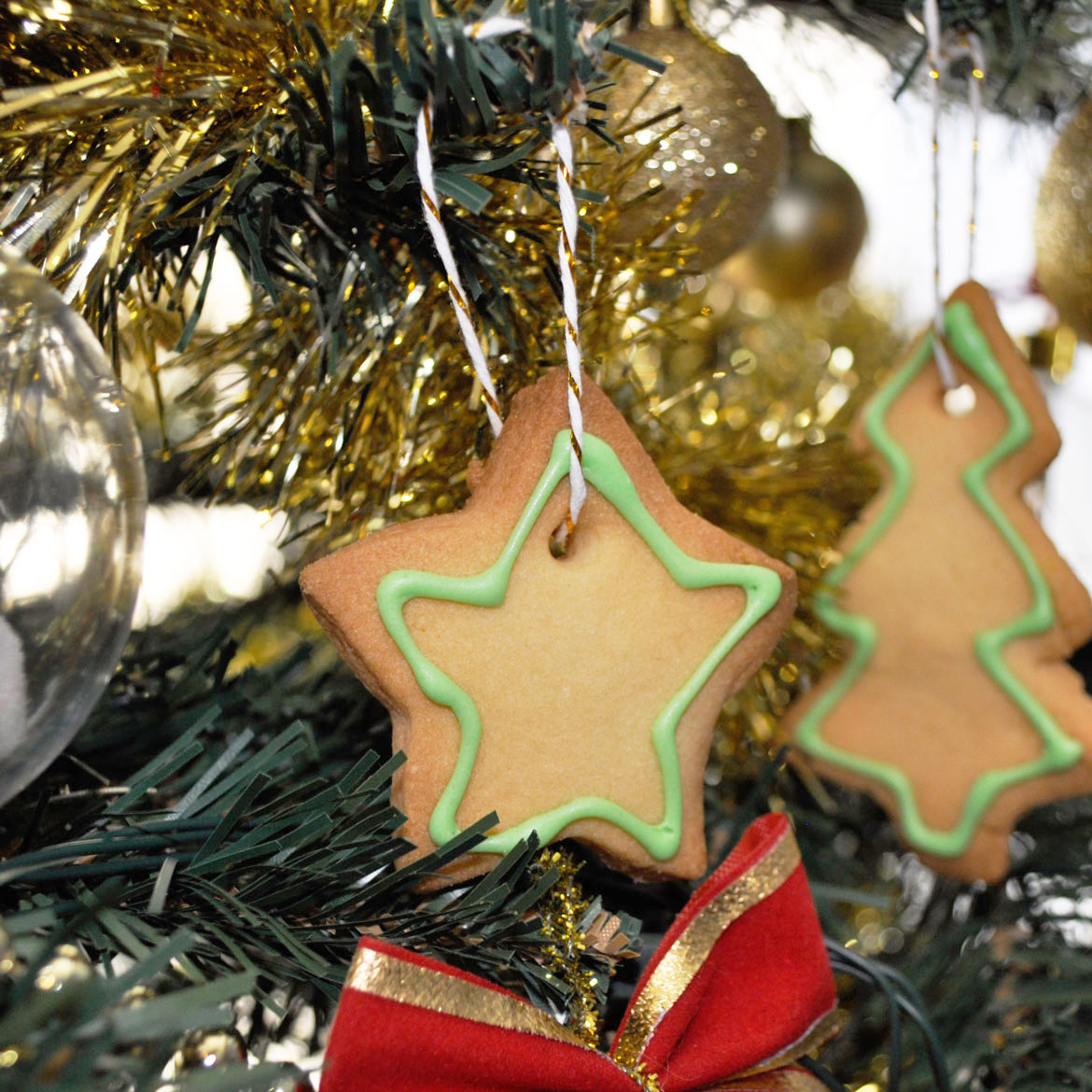 Christmas tree cookie ornament