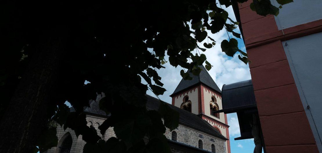 Bild der Erpeler Kirche