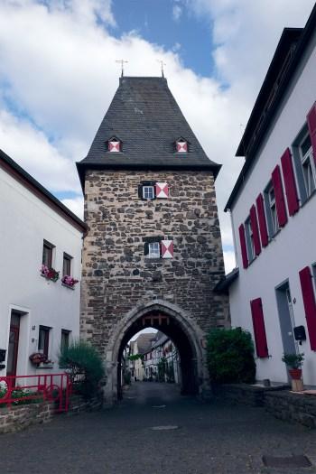 Neutor als Eingang in den historischen Ortskern