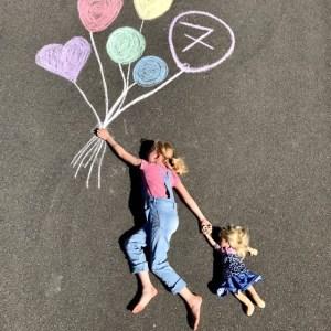 kindergeburtstag-straßenmalkreide-straßenkunst-kinderkunst-herrundfraukrauss