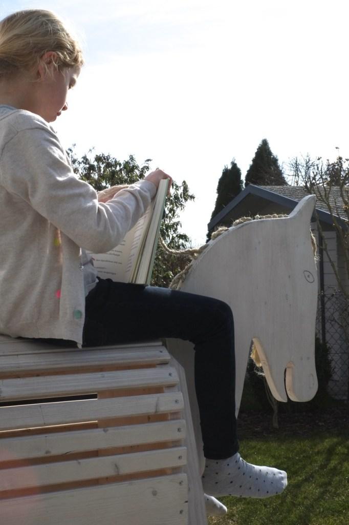 holzpferd-outdoor-diy-herrundfraukrauss