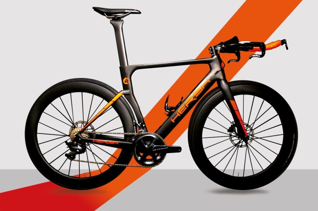 Krono Triathlon bike - carbon frame Hersh