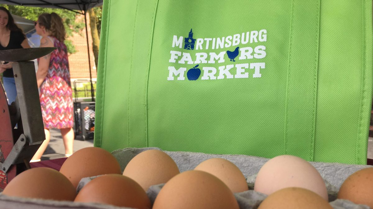 Martinsburg Farmers Market Eggs and Shopping bag