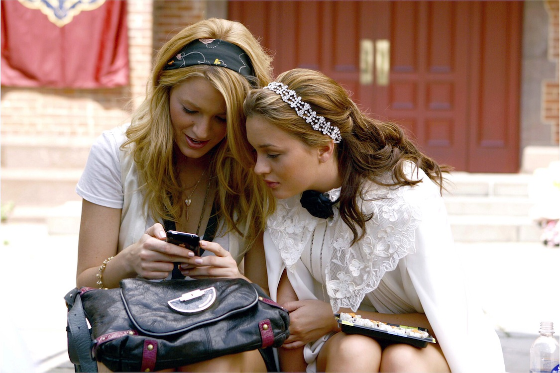 Mandatory Credit: Photo by CW Network/Everett/REX/Shutterstock (805986ah) 'Gossip Girl', from left: Blake Lively, Leighton Meester, 'The Ex-Files', (Season 2, ep. 204, aired Sept. 22, 2008) 'Gossip Girl' TV Series, Season 2 - 2008