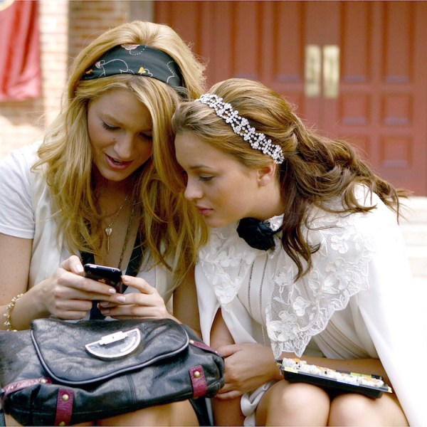 Mandatory Credit: Photo by CW Network/Everett/REX/Shutterstock (805986ah) 'Gossip Girl', from left: Blake Lively, Leighton Meester, 'The Ex-Files', (Season 2, ep. 204, aired Sept. 22, 2008) 'Gossip Girl' TV Series, Season 2 - 2008