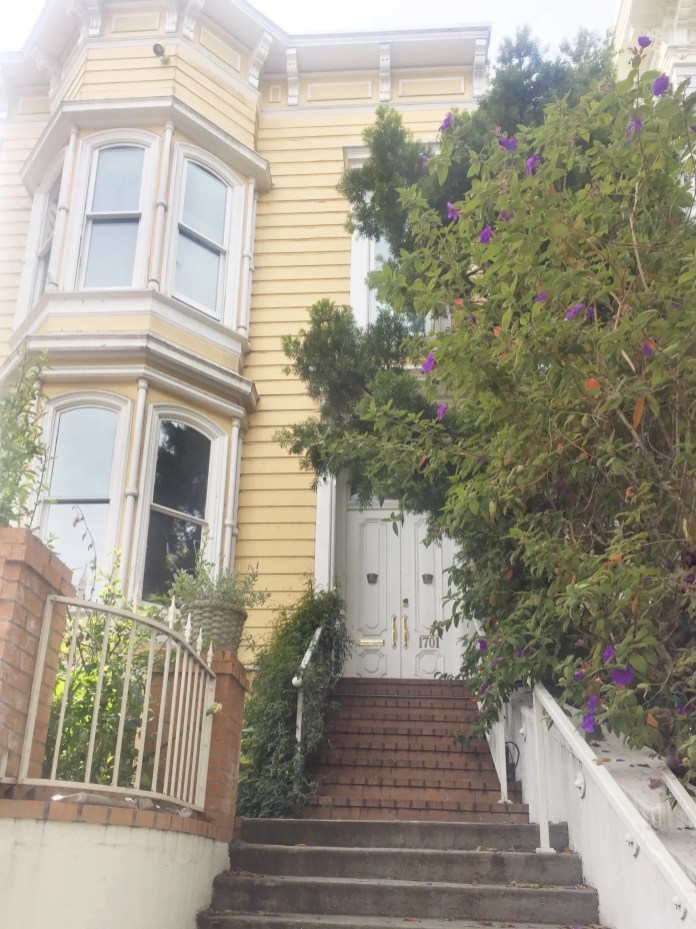 San_Francisco_yellow_house