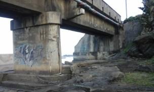 Graffiti on Fafa River pillar