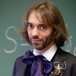 Cedric_Villani_at_his_office_2015 © Marie-Lan Nguyen Wikimedia Commons CC-BY 3.0