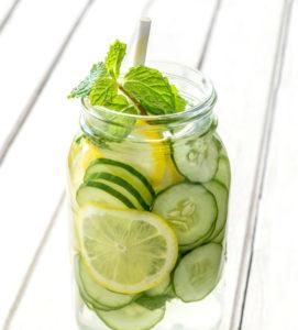 komkommer-mint-detox-water