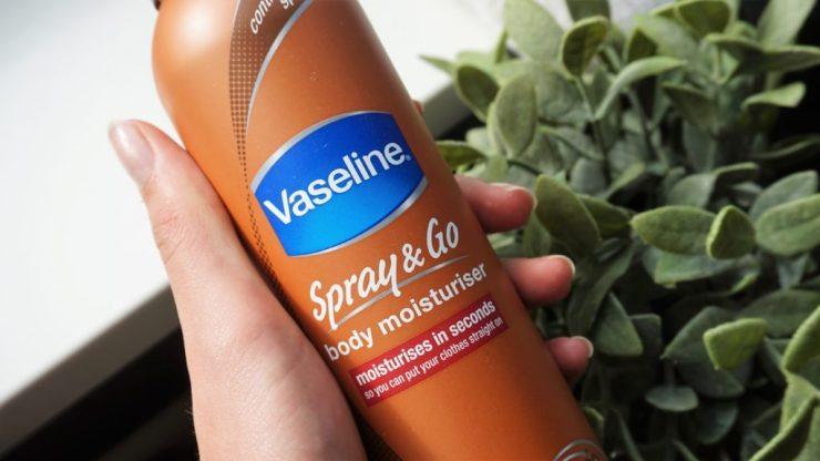 Summer tan vasthouden Vaseline Spray & Go