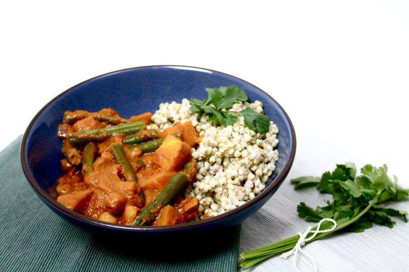 Recept | Vegan pindacurry met boekweit