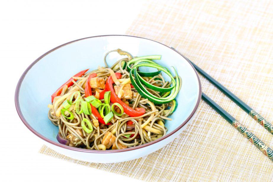 Recept | Japanse noodlebowl met tempeh
