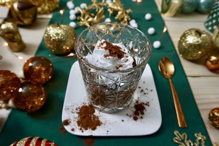 Kerstrecept | Vegan Chocolademousse op basis van avocado + Winactie