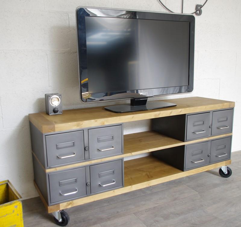 meuble tv en acier et bois industriel chene ou epicea ref oakland