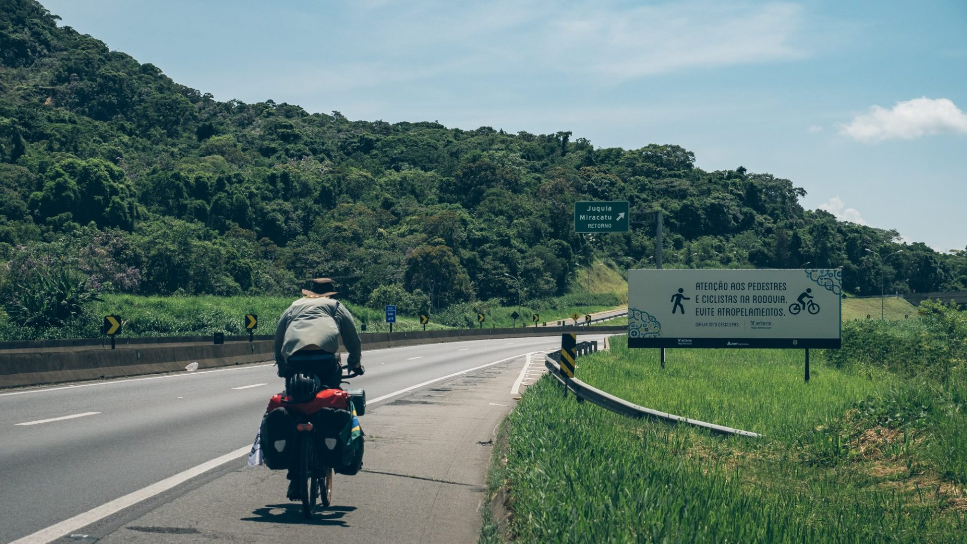 Au bord de l'autoroute