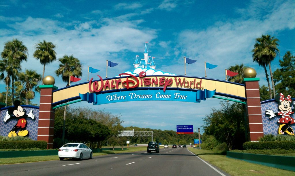 Walt Disney World Entrance, a guide to How To Get Around Walt Disney World by Heyday Travel Company