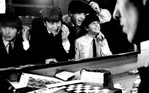 the-beatles-eight-days-a-week-the-touring-years-large_transedjtm7jpzhsgr1_8apewqa1vlvhkmtvb21dmmpqbfes
