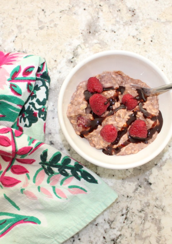 Easy, Raspberry Overnight Oatmeal Recipe