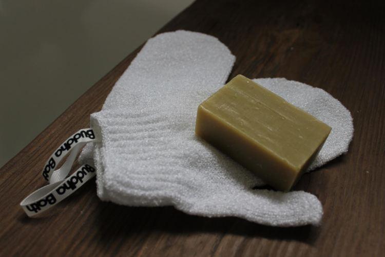 buddha bath review loofah bar soap