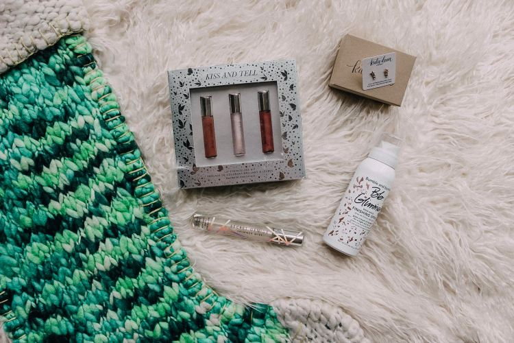 stocking stuffer gift guide for her christmas katie dean jewlery