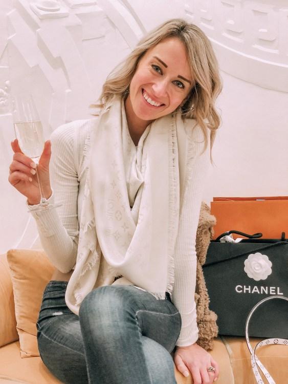 heyitsjenna chicago travel blogger