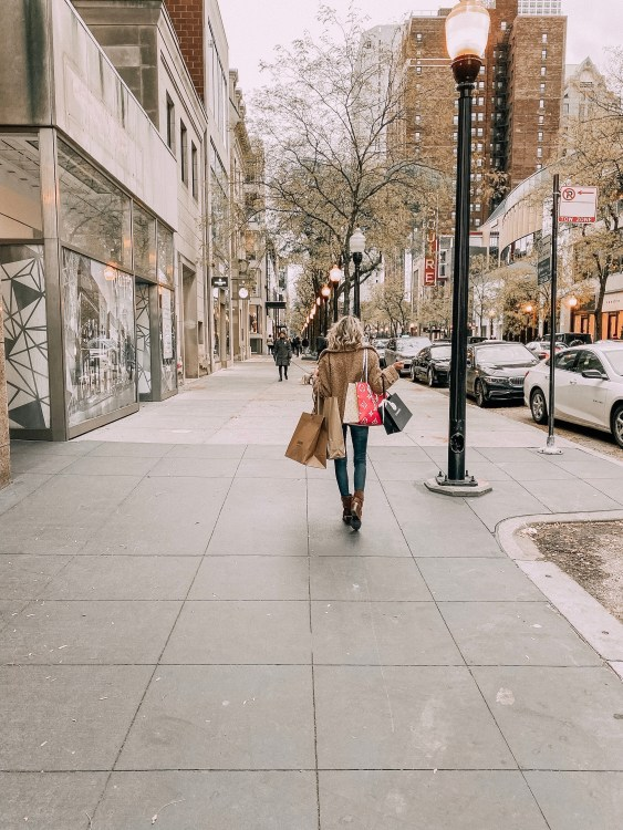 chicago shopping guide michigan ave oak street heyitsjenna