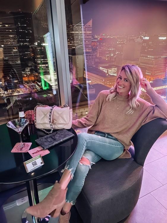 heyitsjenna midwest blogger hilton cleveland hotel downtown 32