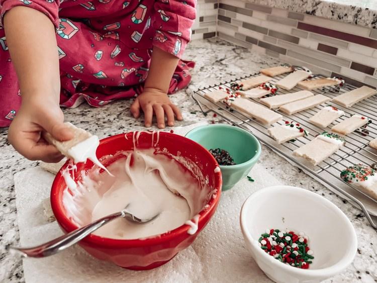 homemmade icing sugar cookies