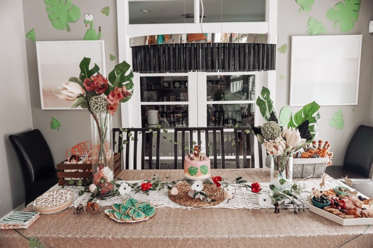 jungle party animals wild birthday party theme for girls