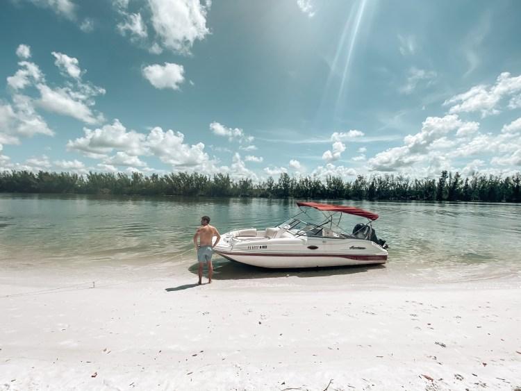 boat rental marco island things to do JW mariott Hilton hotel