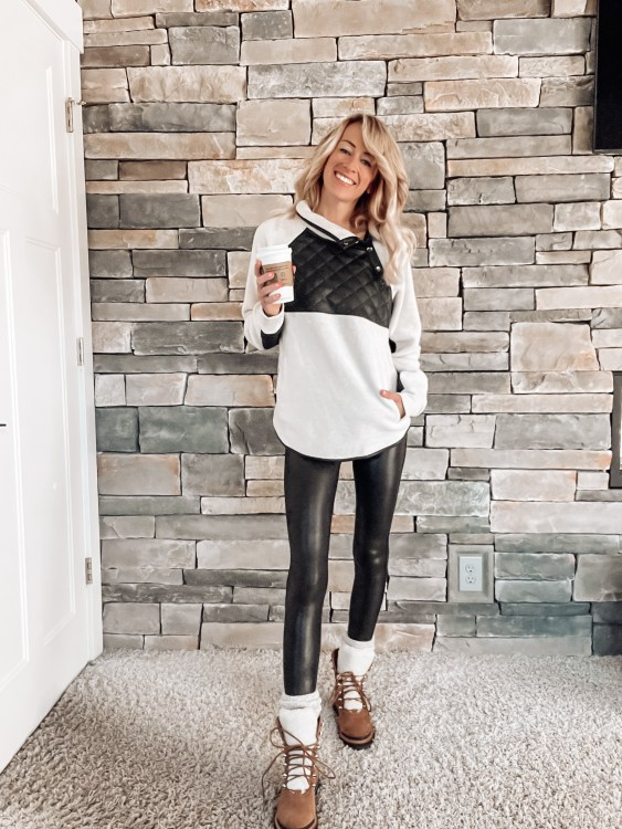 casual outfit with spanx faux leather leggings