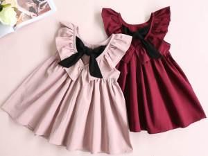 Deux robes sans manches pour filles au choix