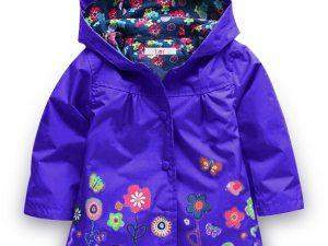 Imperméable, coupe-vent fille couleur violet avec capuche