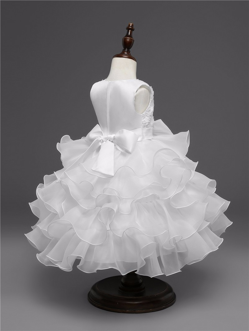 Robe dentelles fille pour cérémonie mariage / fiançailles