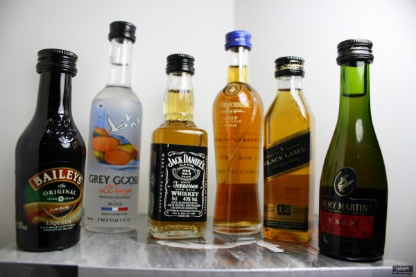 By Jek Bacarisas (Flickr: alcoholic minibottles 2) [CC BY 2.0 (http://creativecommons.org/licenses/by/2.0)], via Wikimedia Commons