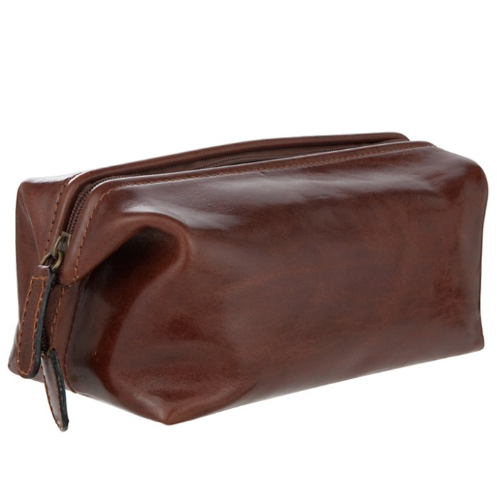 HeyRashmi gift guide: John Lewis Made In Italy Wash Bag brown leather