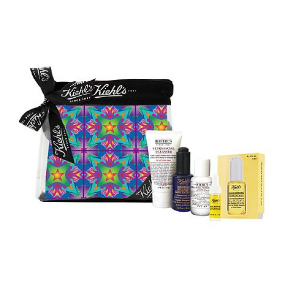 HeyRashmi Gift Guide: Kiehl's Essentially Yours gift set