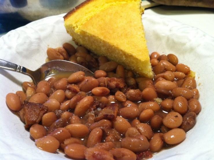 beans-cornbread-festival-heysmokies