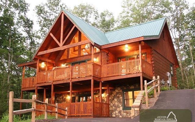 Jackson mountain homes in gatlinburg heysmokies for Jackson cabins gatlinburg tenn