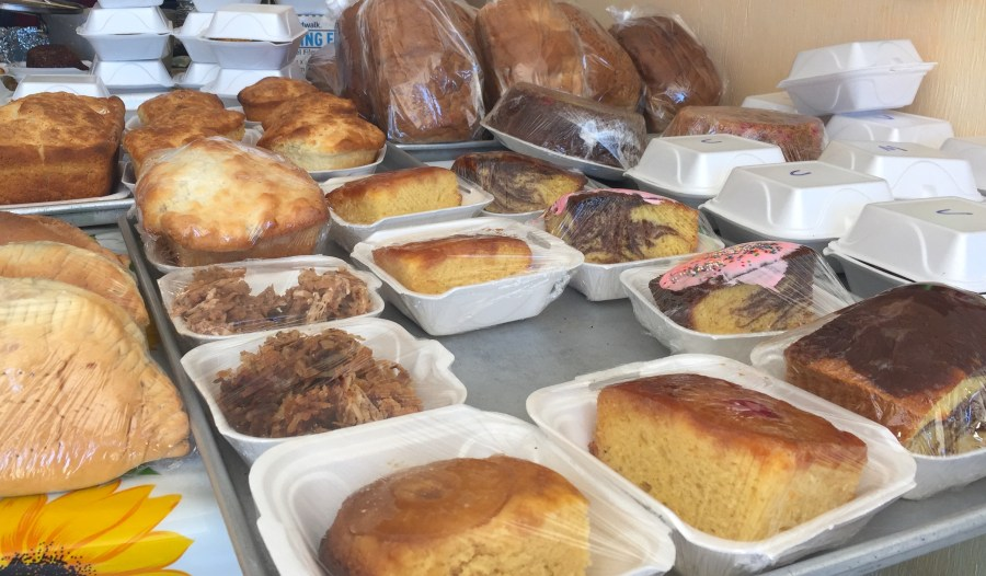 Cakes at Mom's Bakery, Great Exuma